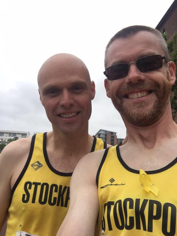 Liverpool start line Stockport Harriers selfie